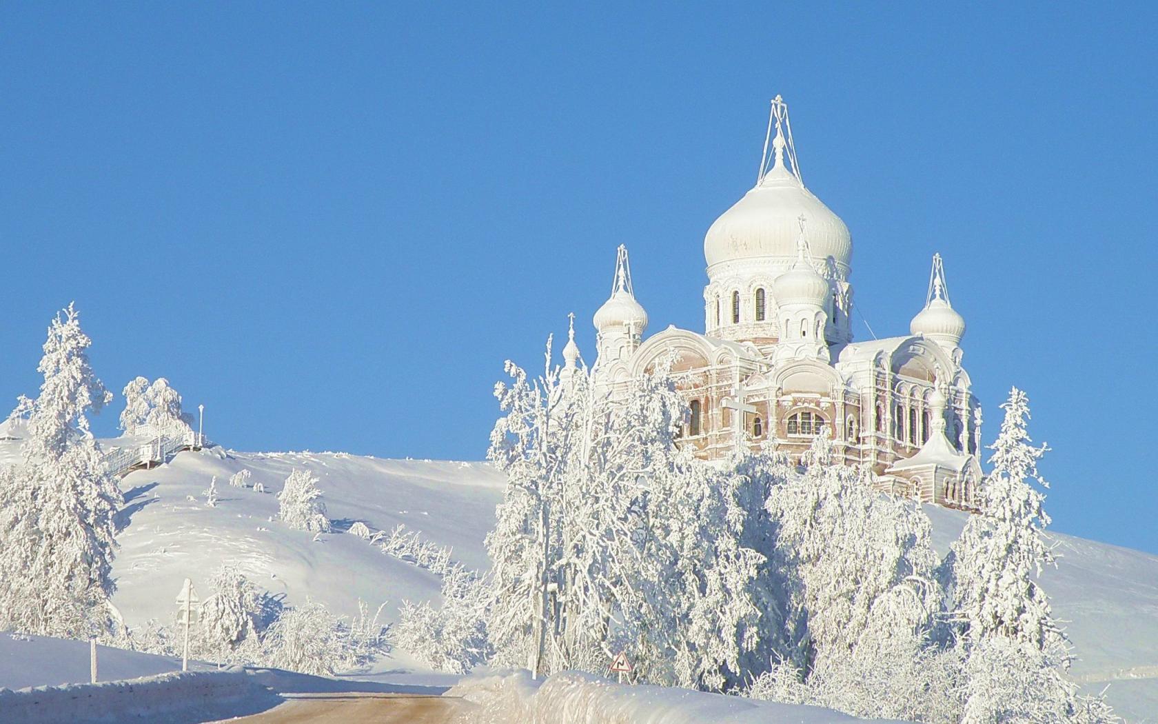 Зима храм деревья иней белогорье