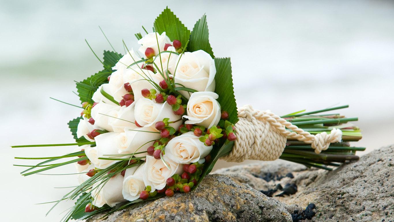 Букет белых роз красивые обои рабочий